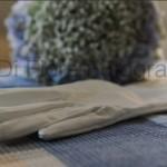 Fotografi matrimonio Napoli. Accessori per la sposa. I guanti della sposa. Dettagli di classe