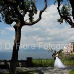 Fotografi matrimonio Napoli. Matrimonio in Costiera. Vico Equense. Chiesa della SS. Annunziata. Una chiesa a picco sul mare
