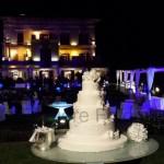 Fotografi matrimonio Napoli. Taglio della torta nuziale. Matrimonio a Villa Angelina