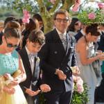 Fotografi matrimonio Napoli. Uno, due, tre…pronti? Via! Il lancio del riso agli sposi