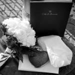 Fotografi matrimonio. Nozze a Sorrento. Dettagli matrimonio. Bouquet sposa, pochette a cuore. Idee sposa 2014.