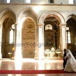 Fotografi matrimonio Napoli. Celebrazione nozze a Napoli. Le chiese più belle di Napoli. Basilica di San Lorenzo Maggiore