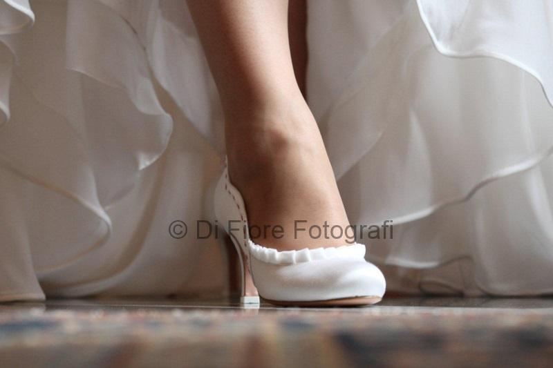 Scarpe Sposa Su Misura Napoli.Fotografi Matrimonio Napoli Accessori Sposa Scarpe Per La Sposa