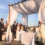 Matrimonio in spiaggia. L'emozione del rito nuziale in riva al mare