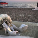 Emozione e libertà di un matrimonio in spiaggia.