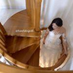 L'arrivo della sposa davanti ai parenti