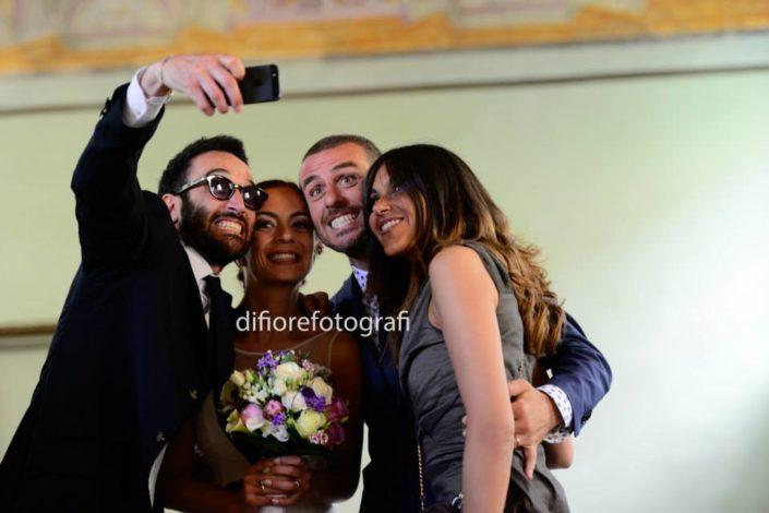 selfie agli sposi