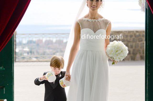 emozionante ingresso in chiesa della sposa