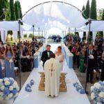 Cerimonia religiosa del matrimonio all'aperto. Dove?