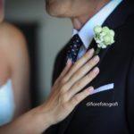 Eleganza dello sposo. Il fiore all'occhiello