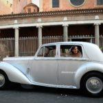 Come scegliere l'auto degli sposi. Consigli per il giorno più bello