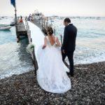 Matrimonio in costiera con arrivo degli sposi in barca